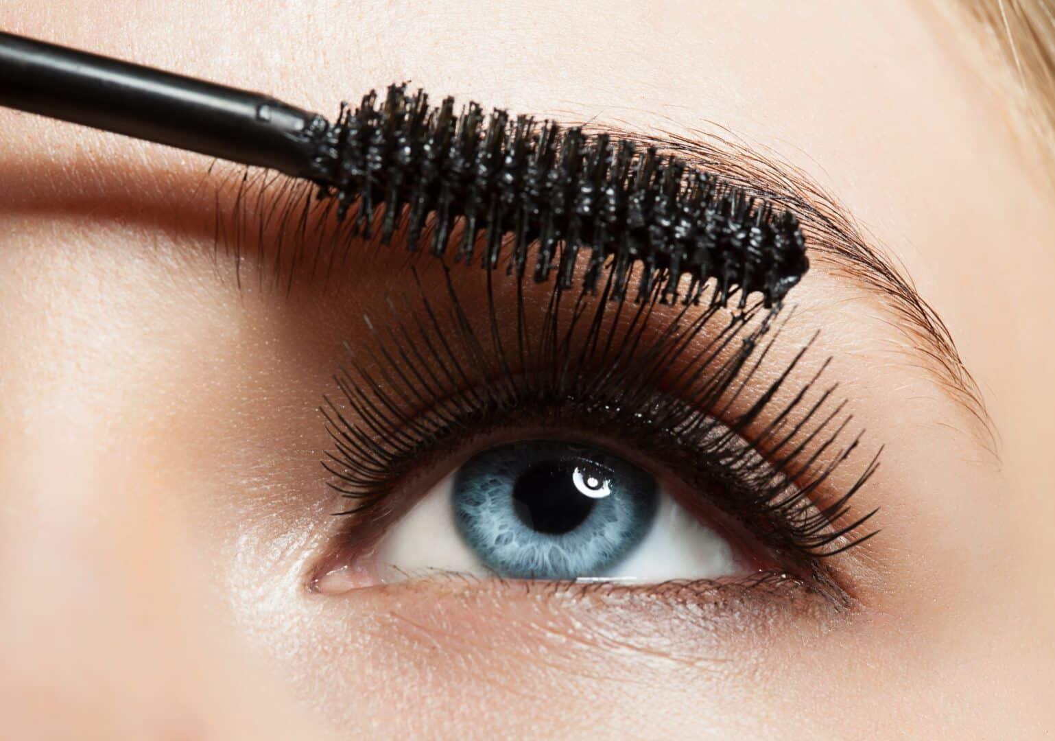 Como aumentar os olhos - 8 super dicas para fazer com maquiagem
