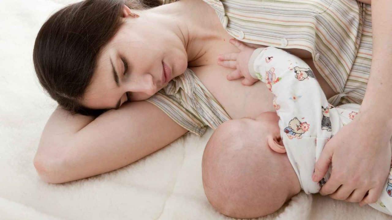 Bebê mamando