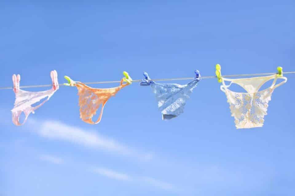 Como lavar calcinha – Cuidados com a roupa íntima