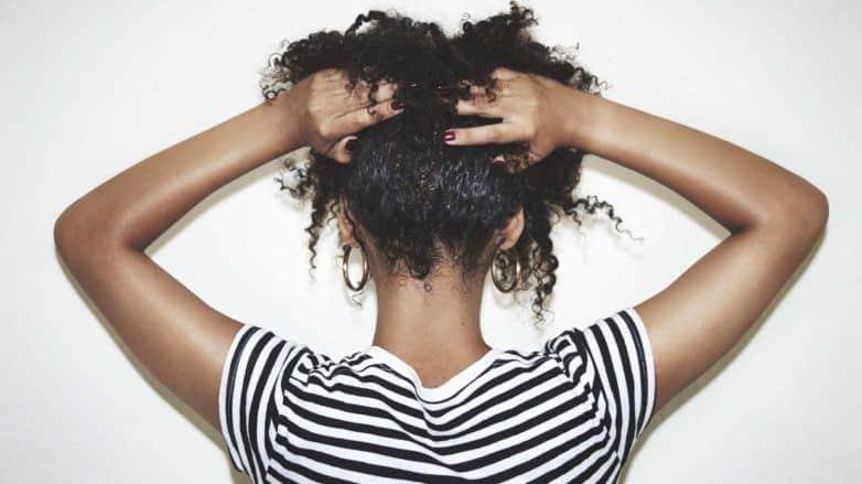 Massagem capilar – Benefícios e como fazer