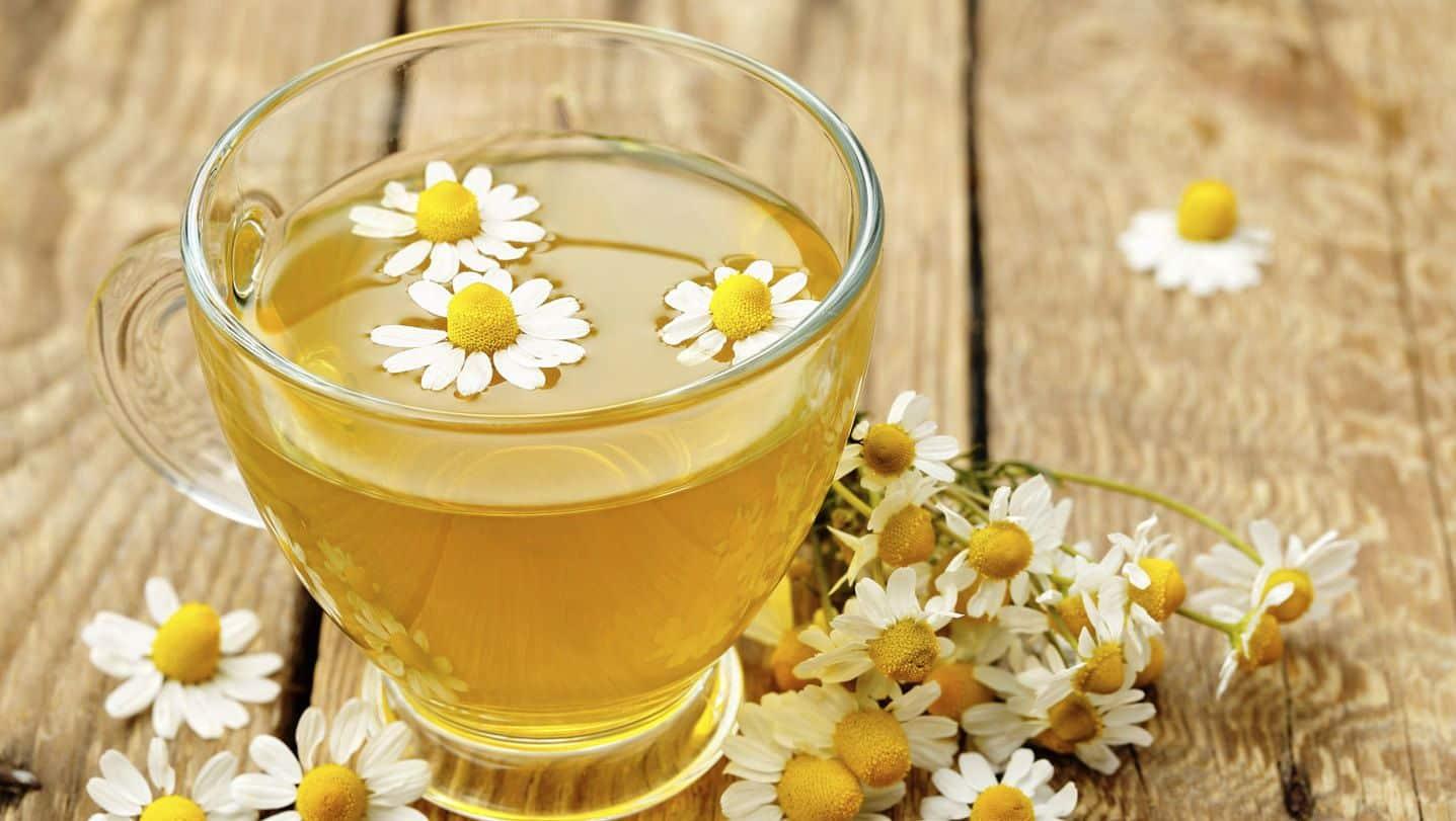 beneficios do cha de camomila para a saude e bem estar 3 - Beneficios del té de manzanilla para la salud y el bienestar