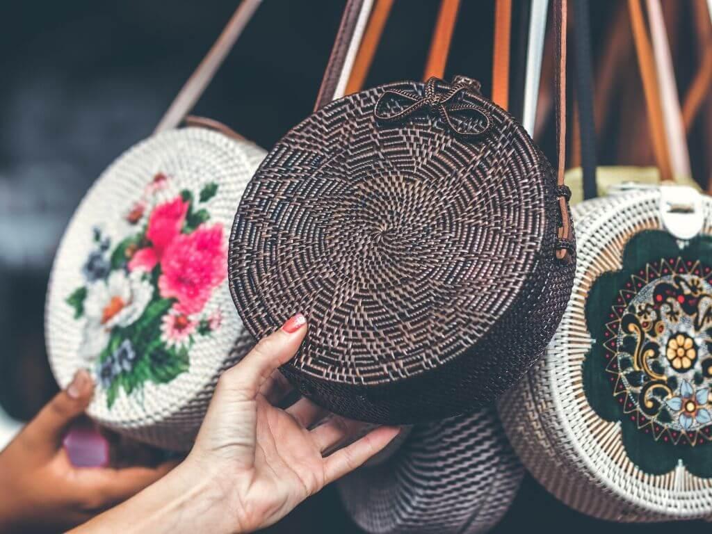 moda Bolsa de palha ou ráfia – Uso, modelos + inspirações