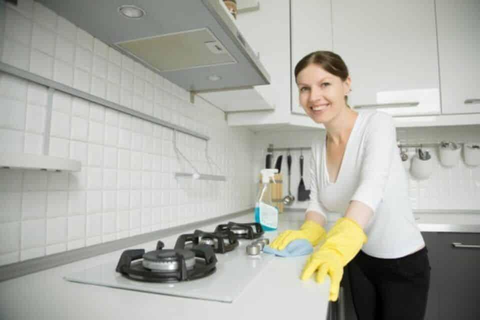 como limpar cooktop dicas essenciais para manter seu fogao limpinho 3 960x640 - ¿Cómo limpiar la estufa?  Consejos para mantener limpia tu estufa