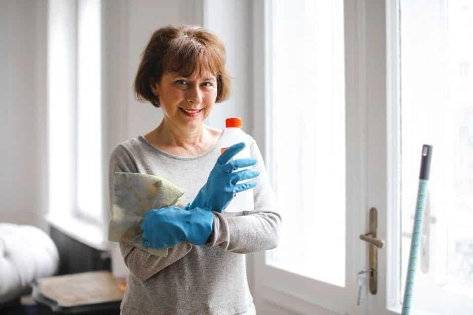 Como limpar vidros- dicas rápidas para manter suas janelas sem manchas