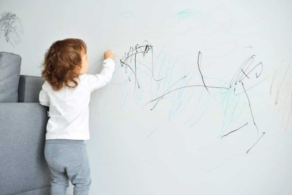 Mancha de parede – 7 truques infalíveis para limpar a sujeira