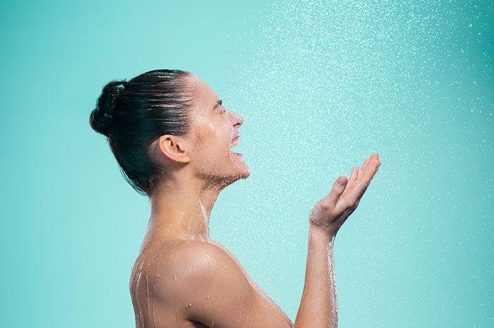 banho gelado 9 beneficios pro corpo e pra mente - Baño frío: 9 beneficios para el cuerpo y la mente