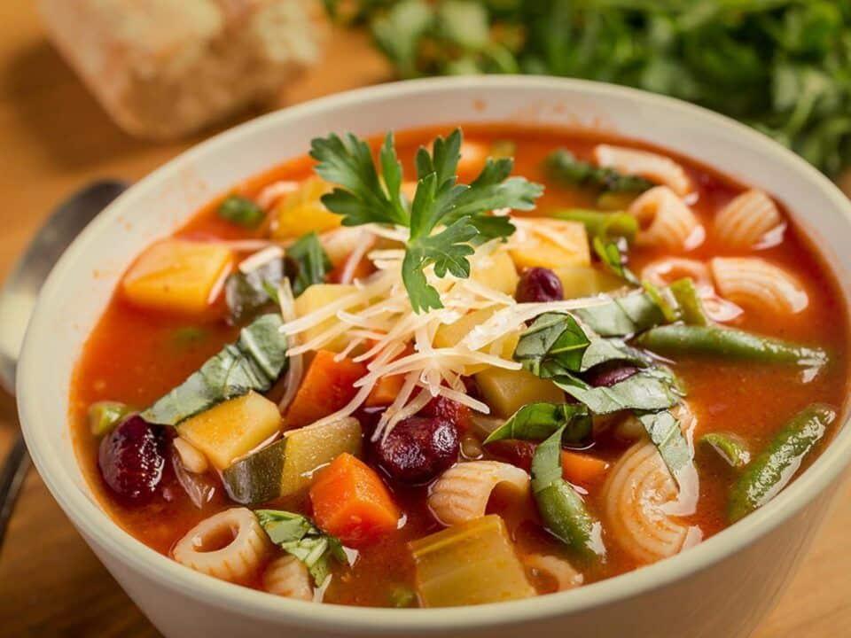 Como fazer sopa de legumes – História do prato + receitas deliciosas