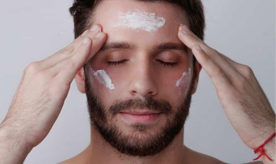 cuidados com a pele como montar uma rotina de cuidados ideal para voce 3 960x572 - Cuidado de la piel: tipos de piel, rutina de cuidado y productos ideales