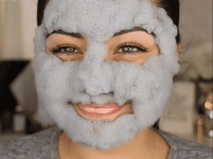 Máscara coreana — o que é? Tipos, benefícios e passo a passo para aplicar na pele