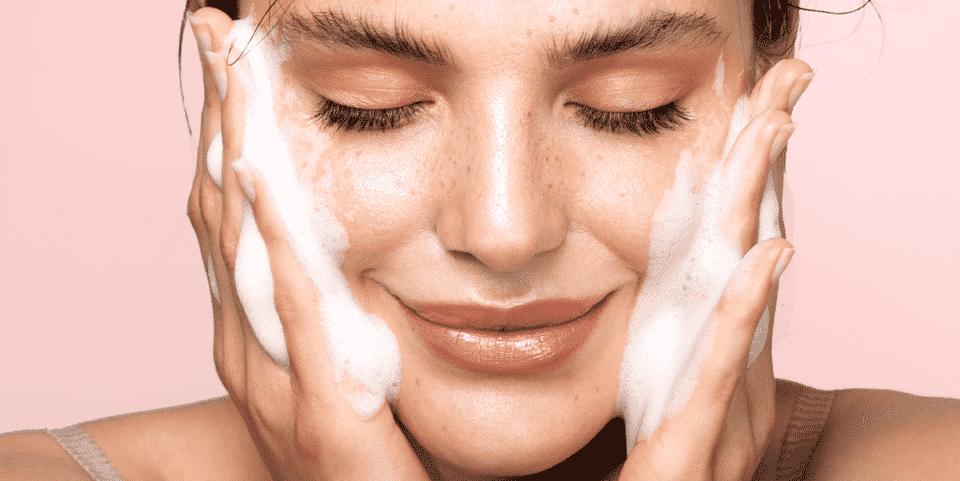 Skincare barato – 10 ótimos produtos para uma pele mais saudável