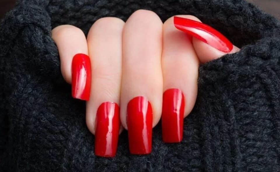 Unhas vermelhas – História do esmalte vermelho + 50 inspirações incríveis