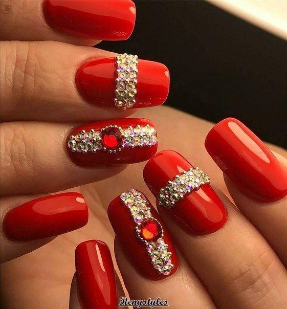 unhas vermelhas historia do esmalte vermelho 50 inspiracoes incriveis 12 - Uñas rojas - Historia del esmalte de uñas rojo + 50 inspiraciones increíbles