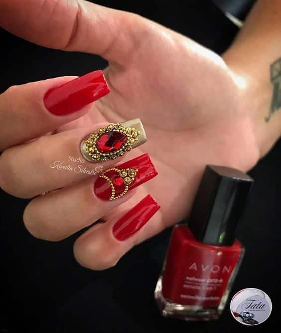 unhas vermelhas historia do esmalte vermelho 50 inspiracoes incriveis 13 - Uñas rojas - Historia del esmalte de uñas rojo + 50 inspiraciones increíbles