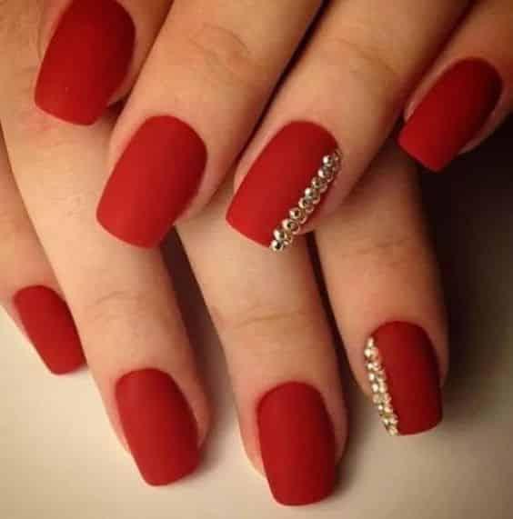 unhas vermelhas historia do esmalte vermelho 50 inspiracoes incriveis 17 - Uñas rojas - Historia del esmalte de uñas rojo + 50 inspiraciones increíbles