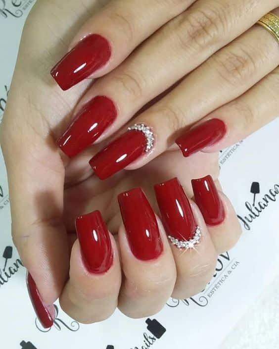 unhas vermelhas historia do esmalte vermelho 50 inspiracoes incriveis 18 - Uñas rojas - Historia del esmalte de uñas rojo + 50 inspiraciones increíbles