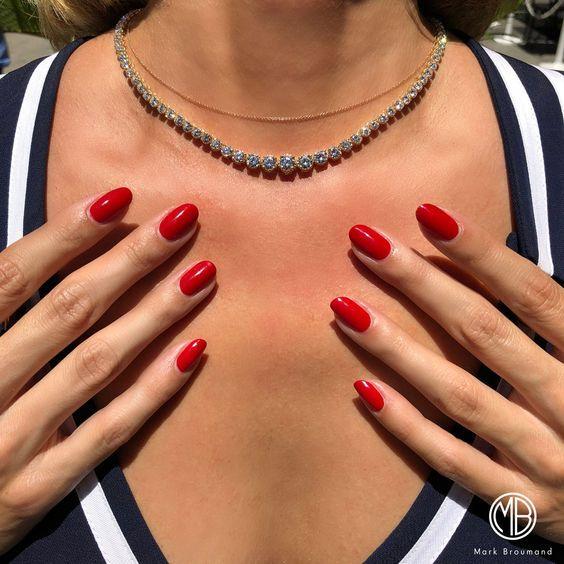 unhas vermelhas historia do esmalte vermelho 50 inspiracoes incriveis 32 - Uñas rojas - Historia del esmalte de uñas rojo + 50 inspiraciones increíbles