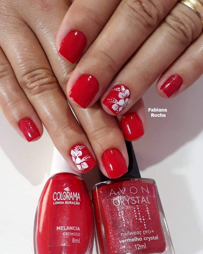 unhas vermelhas historia do esmalte vermelho 50 inspiracoes incriveis 40 - Uñas rojas - Historia del esmalte de uñas rojo + 50 inspiraciones increíbles