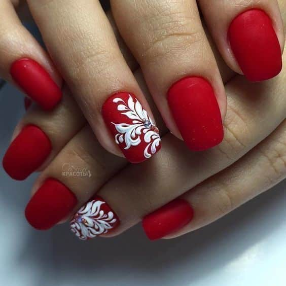 unhas vermelhas historia do esmalte vermelho 50 inspiracoes incriveis 48 - Uñas rojas - Historia del esmalte de uñas rojo + 50 inspiraciones increíbles