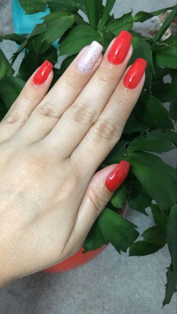 unhas vermelhas historia do esmalte vermelho 50 inspiracoes incriveis 5 - Uñas rojas - Historia del esmalte de uñas rojo + 50 inspiraciones increíbles