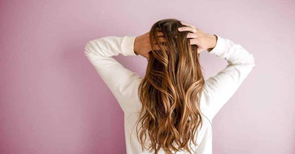 Como fazer touca no cabelo? Passo a passo e dicas