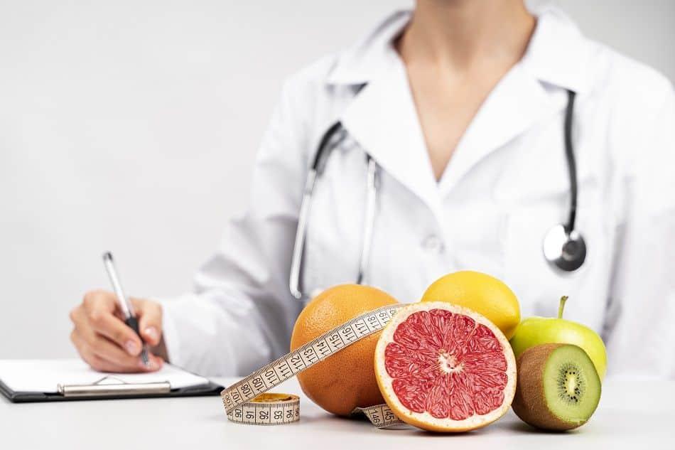 Diferença entre nutricionista e nutrólogo – Características de cada um