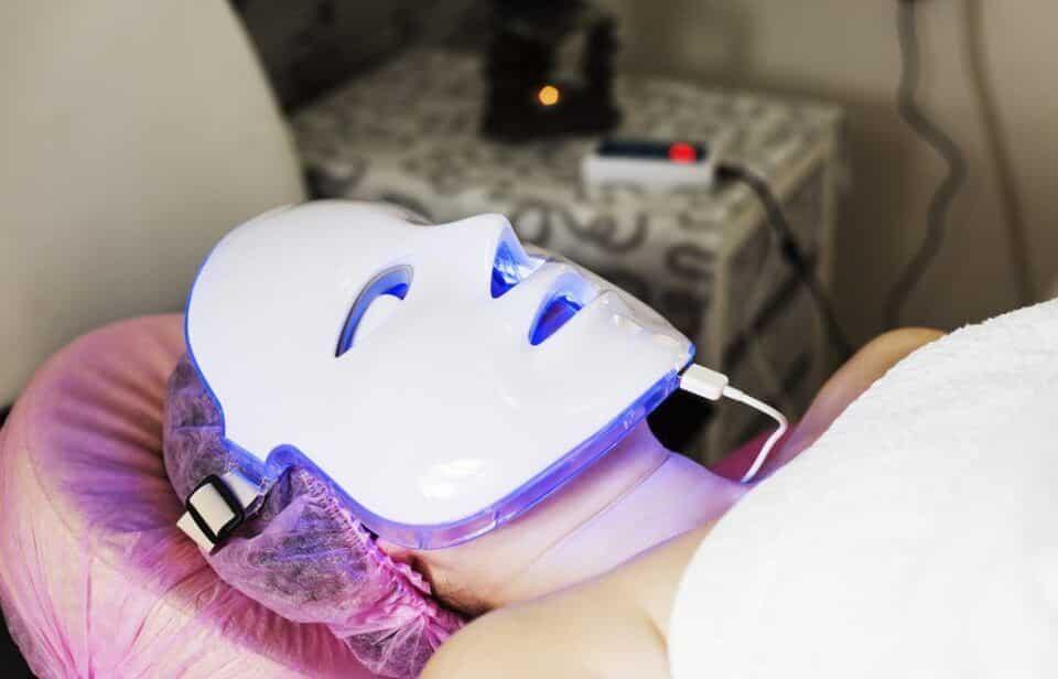 Máscara de LED, o que é? Como funciona, aplicação e ação das cores