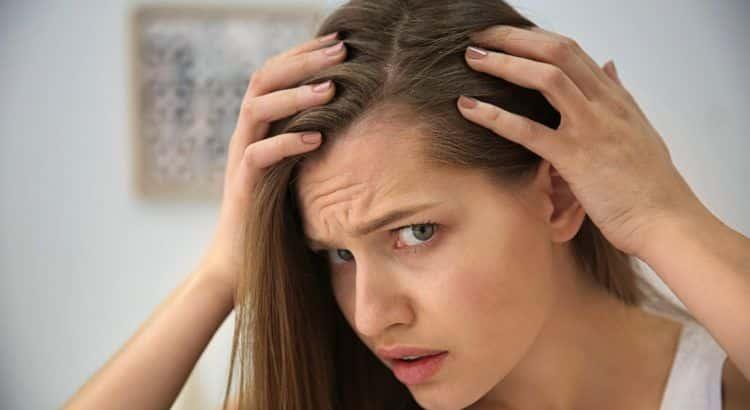 O que é alopecia? Causas e tratamentos para queda de cabelo