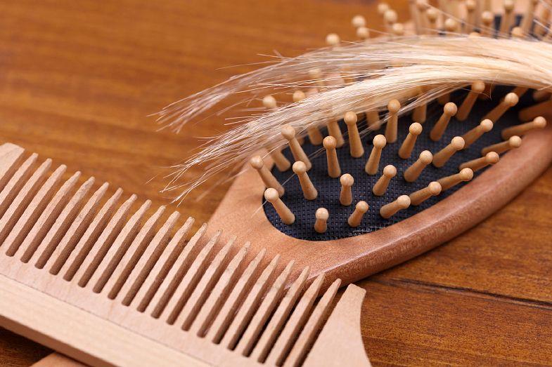 pente de dentes largos não estraga o cabelo