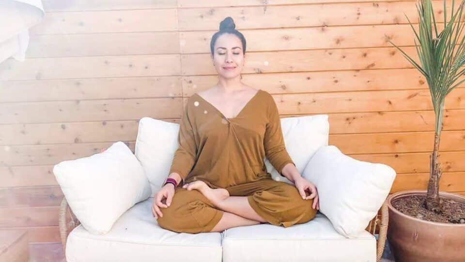Pri Leite, quem é? Biografia, história e carreira da professora de yoga