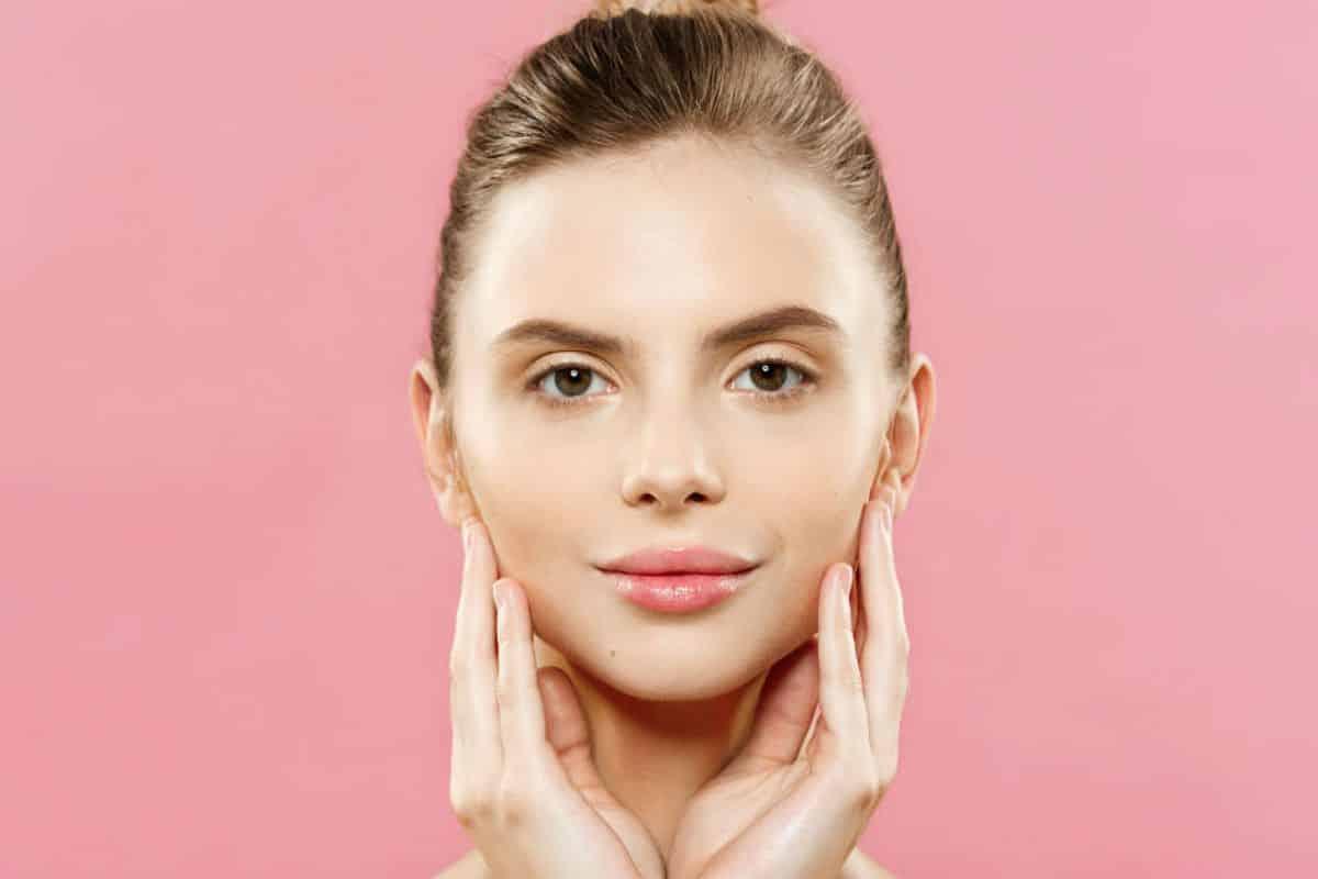 6 benefícios do ácido hialurônico para a pele e como aplicá-lo