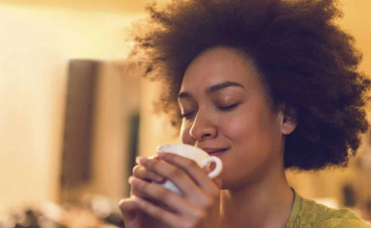 Benefícios do chá de alho e as melhores formas de prepará-lo