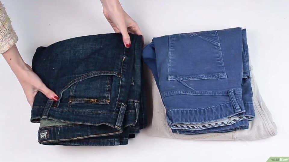 Como dobrar calça jeans – Passo a passo para dobrar e organizar