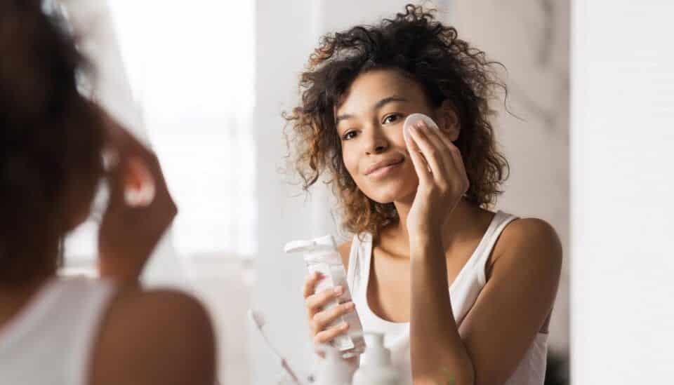 Limpeza de pele caseira, como fazer? Receitas para fazer em casa