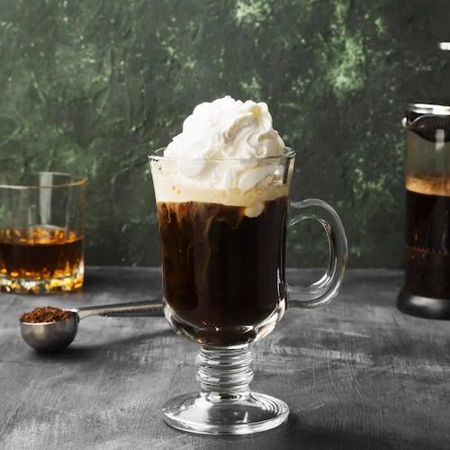 Bebidas quentes: benefícios e receitas para saborear no inverno