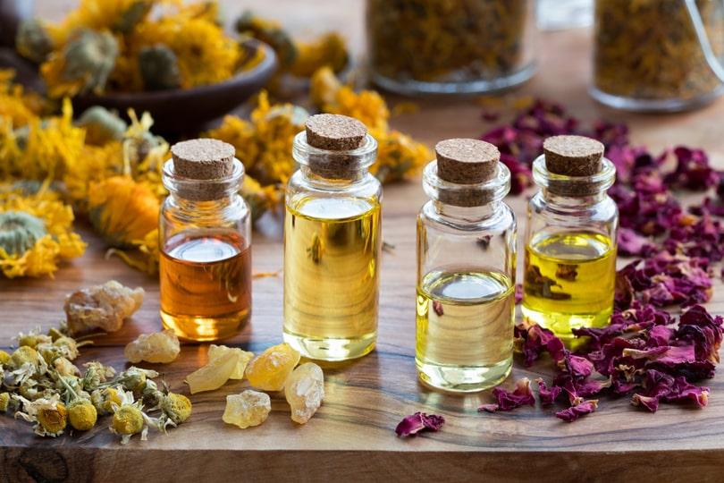 Como fazer perfume sólido